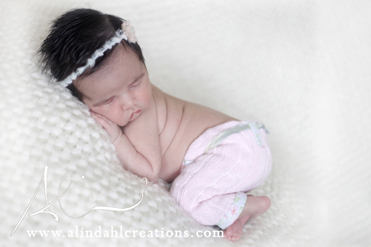 It was a delight to capture these sweet moments thank you for choosing a lindahl creations as your newborn photographer www alindahlcreations com